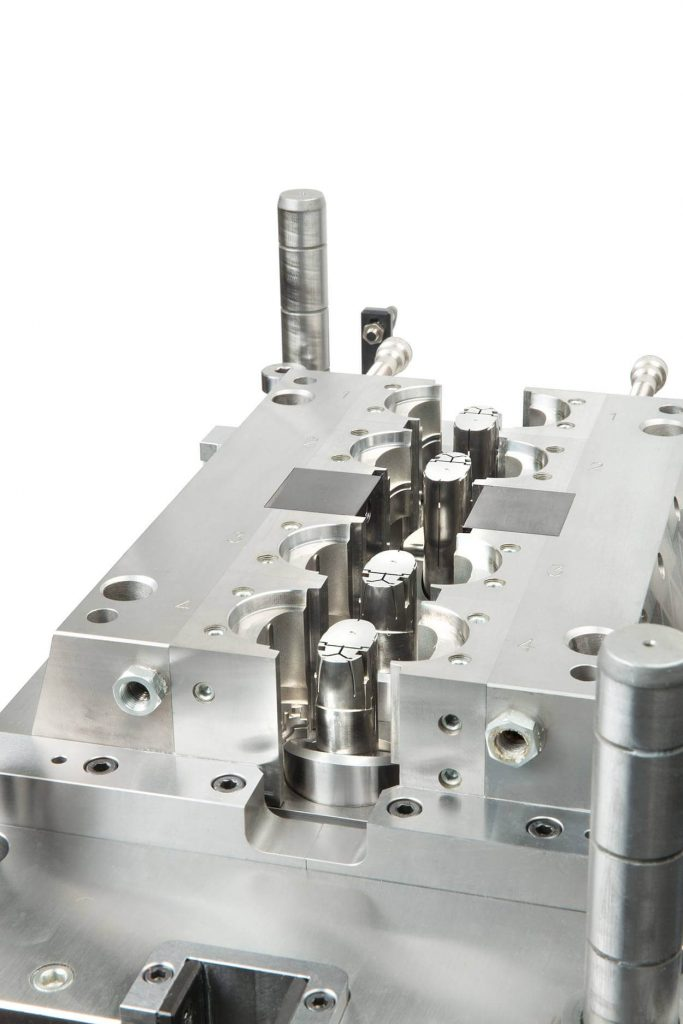 4-cavity mould for oral sprayer part